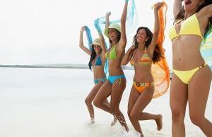 pics of hot girls in bikinis